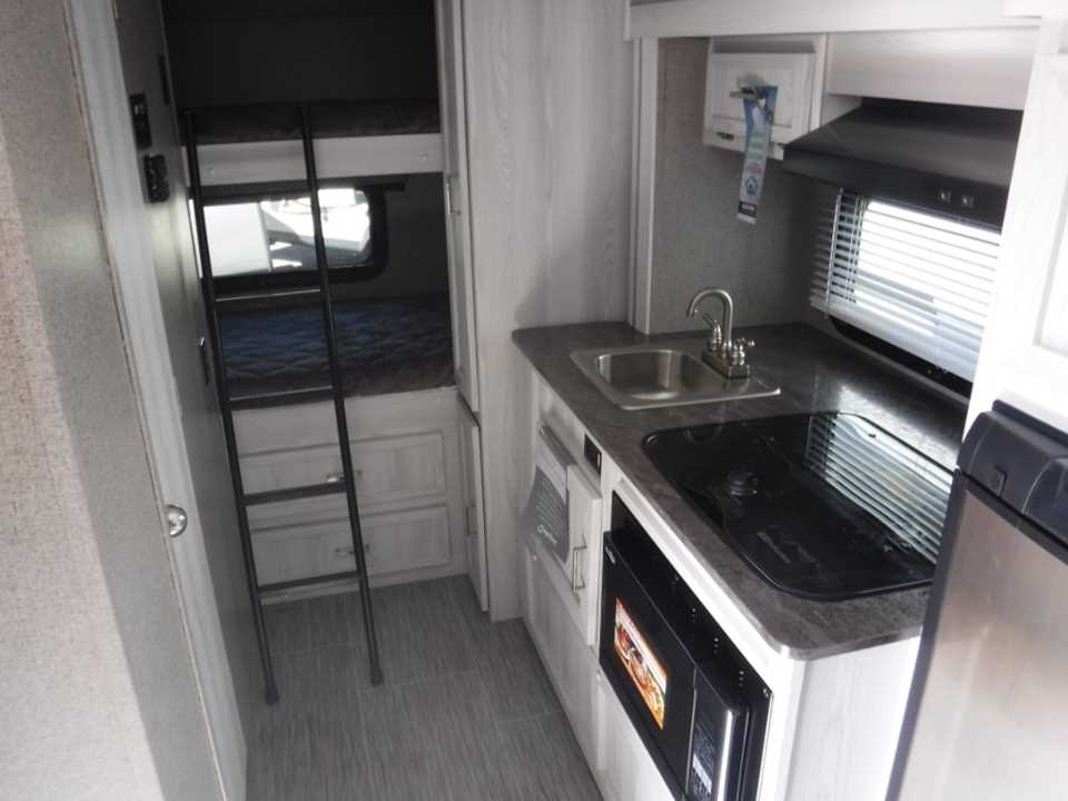 New 2019 Forest River Rv Rockwood Geopro 16bhg Travel