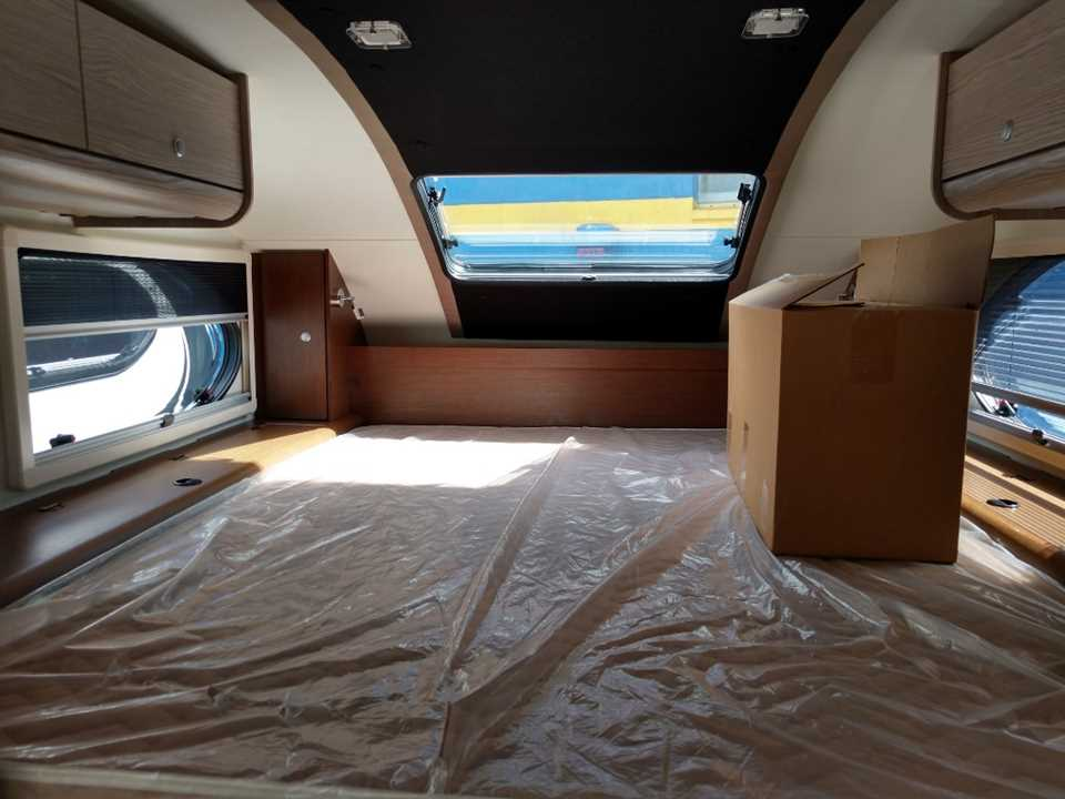New 2019 Pleasant Valley Cirrus 920 Cab Over Camper Stock